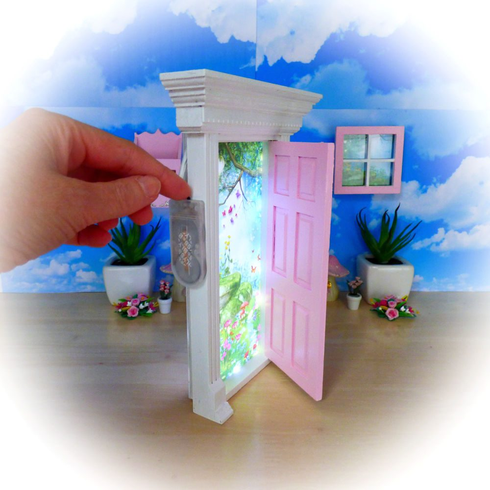 Pink Light Up Opening Fairy Door
