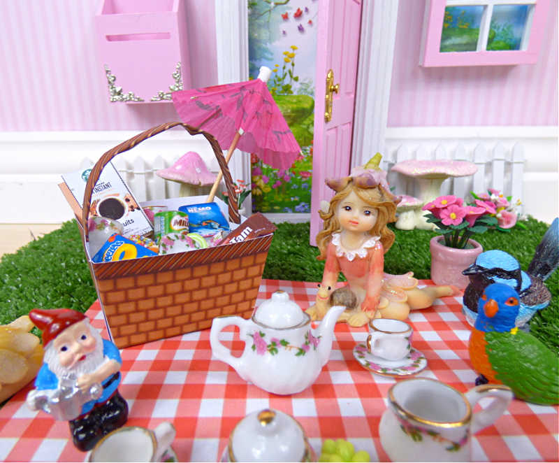 fairy home picnic